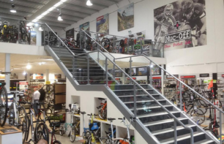 4 Businesses that could benefit from a mezzanine floor