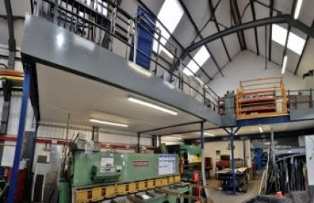 Why choose a mezzanine floor direct from the manufacturer?